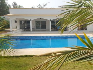 Large villa with private pool, built in 2014, beach 150 m,