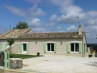 gite 8/12 pers restauré(spa) entre Dordogne et Gironde