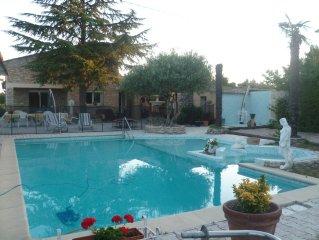 Villa Indépendante 2 a 10 personnes, piscine privé carpentras