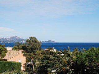 Villa 3 ch, grand jardin clos , belle vue mer.