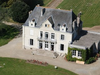 Character house early nineteenth, charm and comfort, with swimming pool, near t