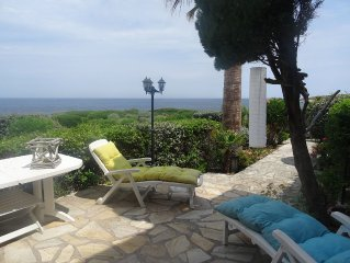 Rent 3 bedroom apartment with terrace 30 meters from the sea, Sant'Ambroggio.