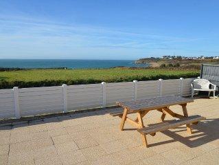 Villa avec superbe vue sur mer et a 200m de la plage de Porsliogan a Le Conquet