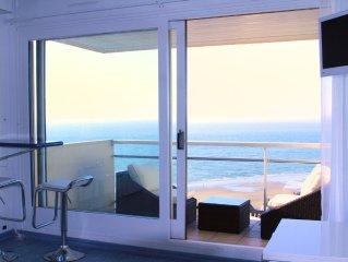 Charmant studio avec terrasse pleine vue mer