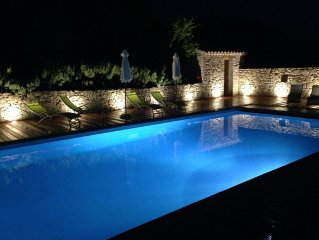 Very beautiful bright house with large heated pool in Drome Provencale!