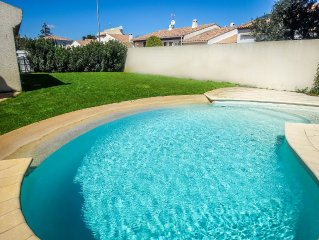 Beautiful villa, 5 bedrooms, quiet with pool 5 minutes from the beach