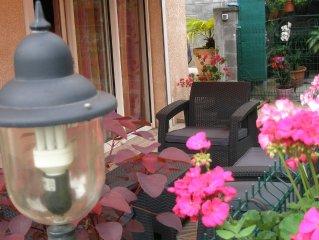 Appartement dans un jardin verdoyant et tropical dans une ambiance creole.