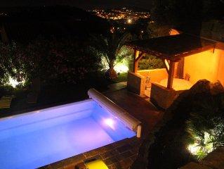 Villa vue mer, vue panoramique, piscine,  proximité Sanary et Six-Fours