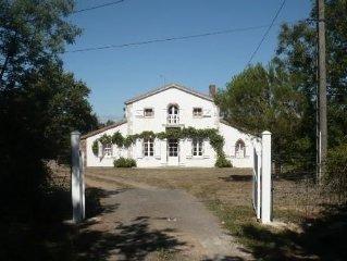 Jolie maison avec jardin, a 9 km de la plage, pres de la TRANCHE sur MER