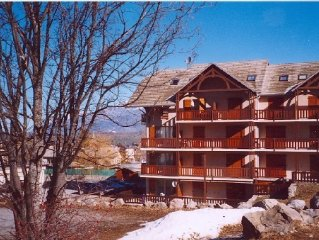Duplex Ancelle, good location, beautiful view of the Ecrins, the slopes
