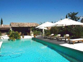 Superbe Villa 300 m2 Coeur Luberon, Grande piscine, Pool-House, Calme, pour 12
