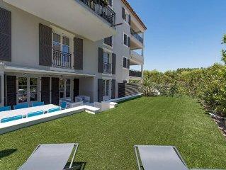 100m2 apartments, Place des Lices, terrace 20m2 and 70m2 garden, parking