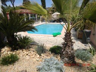 Maison 280m2, AC, Piscine sécurisée, jardin 2000 m2, proche des plages, 14 pers.
