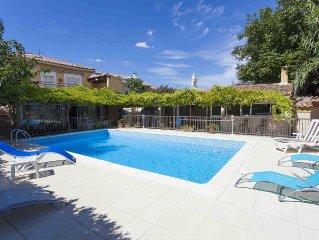 Maison individuelle sans vis à vis avec piscine privee et entierement securisee.