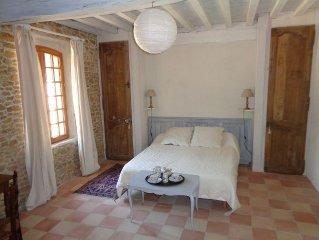 Chambre d'hôtes - 2 pers. 33 m2 - dans grand parc au calme  et terrasse couverte