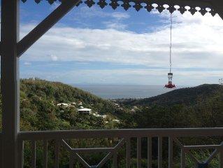 Belle villa T3 au calme avec superbe vue - Piscine