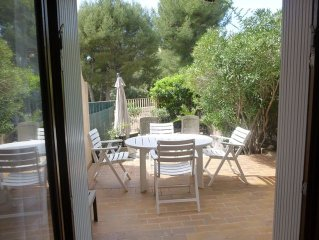 Appt 38m2 BANDOL - 4/6 pers with garden, all on foot, near beach, quiet