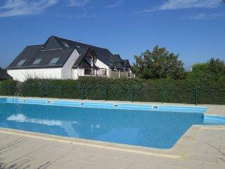 3 pièces pour 4/5 personnes dans résidence avec piscine
