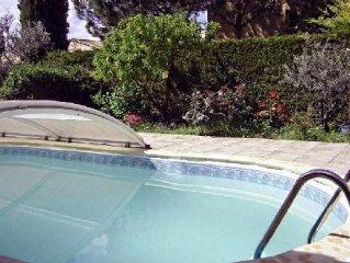 Villa avec piscine securisee, Quartier calme, Tres belles prestations