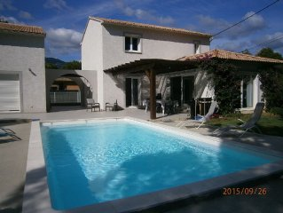 Belle villa bord de mer, 5 chambres, 2 salles de bains, terrasse avec piscine