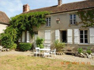 Maison de caractere dans village près de Fontainebleau et INSEAD.
