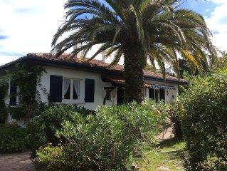 PROMO 10 %- A 150 m de la plage de Ciboure - belle maison familiale - 12 personn