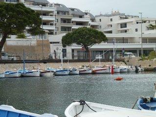 T3 classe 4* 70 m2 + loggia 24 m2 - Devant plage capucins  Vue ile verte et port