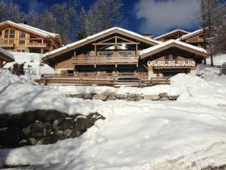 In Luxury chalet for 7 people, facing the Aravis and Confins close