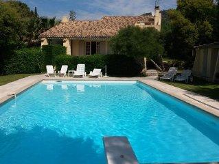 Magnifique villa Grimaud beauvallon avec piscine 5 chambres Golf de St tropez
