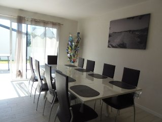 VILLA WITH PRIVATE HEATED POOL 900M FROM THE SEA 3 *** clasée