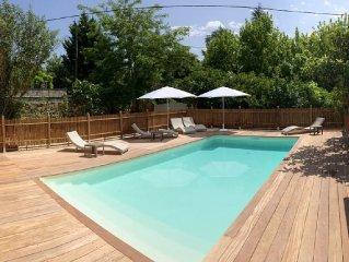 Gite de charme pres Bordeaux pour 4/8 personnes avec piscine privee, calme