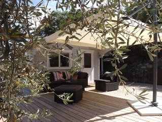 CHARMING CHALET INDEPENDENT COMFORTABLE WITH POOL