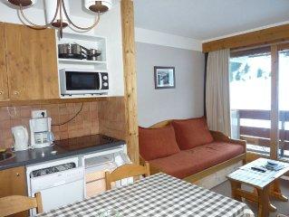 STUDIO + cabine independante 4/5 p MERIBEL-MOTTARET