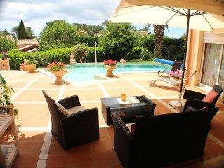 CAP D'AGDE VILLA individuelle piscine jardin au calme, activites a - de 1 km