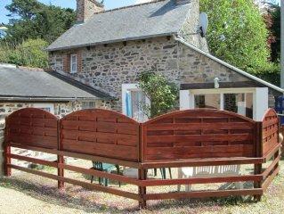 jolie maison de pêcheur à saint quay portrieux (22) classée 2*