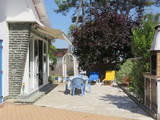 Villa with trees, a lot of charm, quietness and peacefulness guaranteed