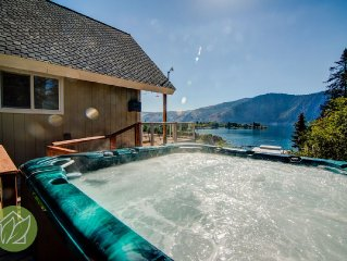 Amazing View Cottage with Hot Tub by Sage Vacatio