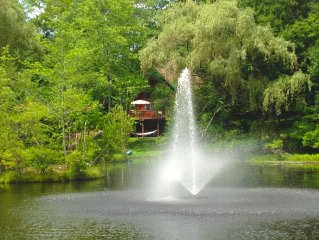 LUXURY FOUNTAIN HOUSE POCONO RETREAT, LAKE ARIEL NEAR LAKE WALLENPAUPACK