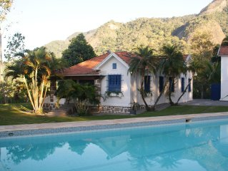 Site in Rio de Janeiro with pool for new year, carnival, weddings and retreats