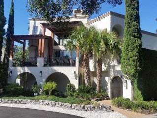 Italian Villa 'Bella Vista' on the Golden Isles Coast!