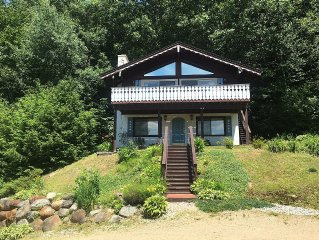 Beautiful Chalet with Stunning views!  Close to Storyland, skiing and N. Conway!