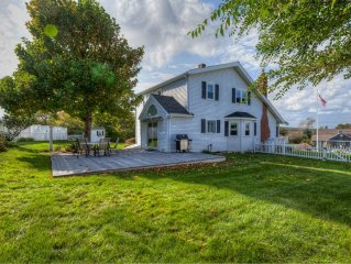 Manomet - White Horse Beach House with Huge yard and Privacy