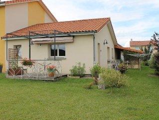 Gîte  3 étoiles  jardin et terrasse - Ideal couple et jeunes enfants - Billom