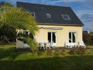 Maison Trégastel, proche bord de mer, quartier calme