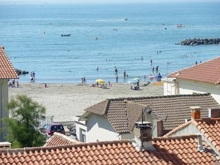 BEAUTIFUL SEA and PRIVATE PARKING FOR STUDIO THAT