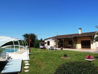 Gite de Peluzac, maison avec piscine privee et WIFI, dans un parc arbore