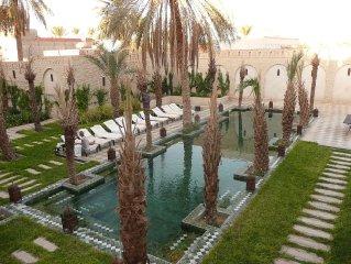 Riad de luxe aux portes du désert