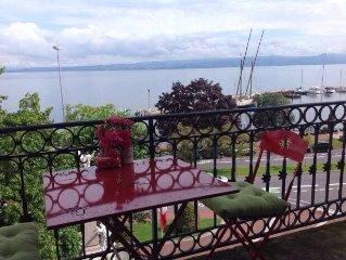 Tres Beau 2 pieces Centre ville Face au Lac Leman avec long balcon