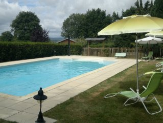 detached chalet park 1500 m2, heated pool, furnished Tourism 3 *
