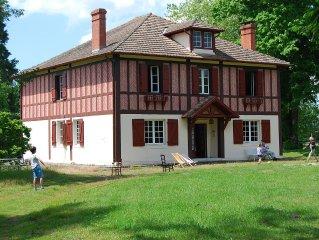 Belle maison de maître de style Anglo-Landais. Piscine hors sol 7x3m